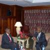 Dr. Faroole iyo Sheikh Shariif oo Addis Ababa kula Kulmay Sayoum Mesfin…